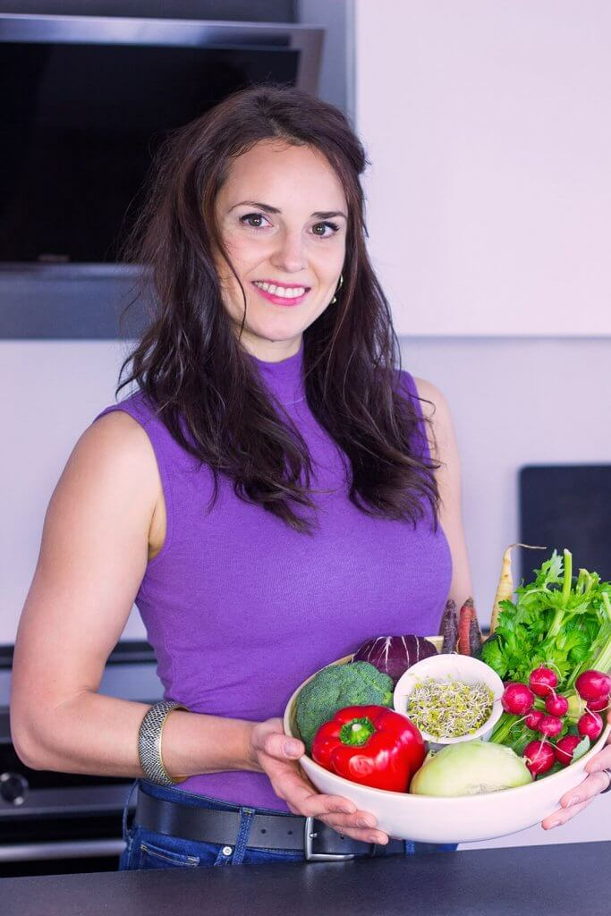 Annemarie-Stein-mit-Gemüsekorb